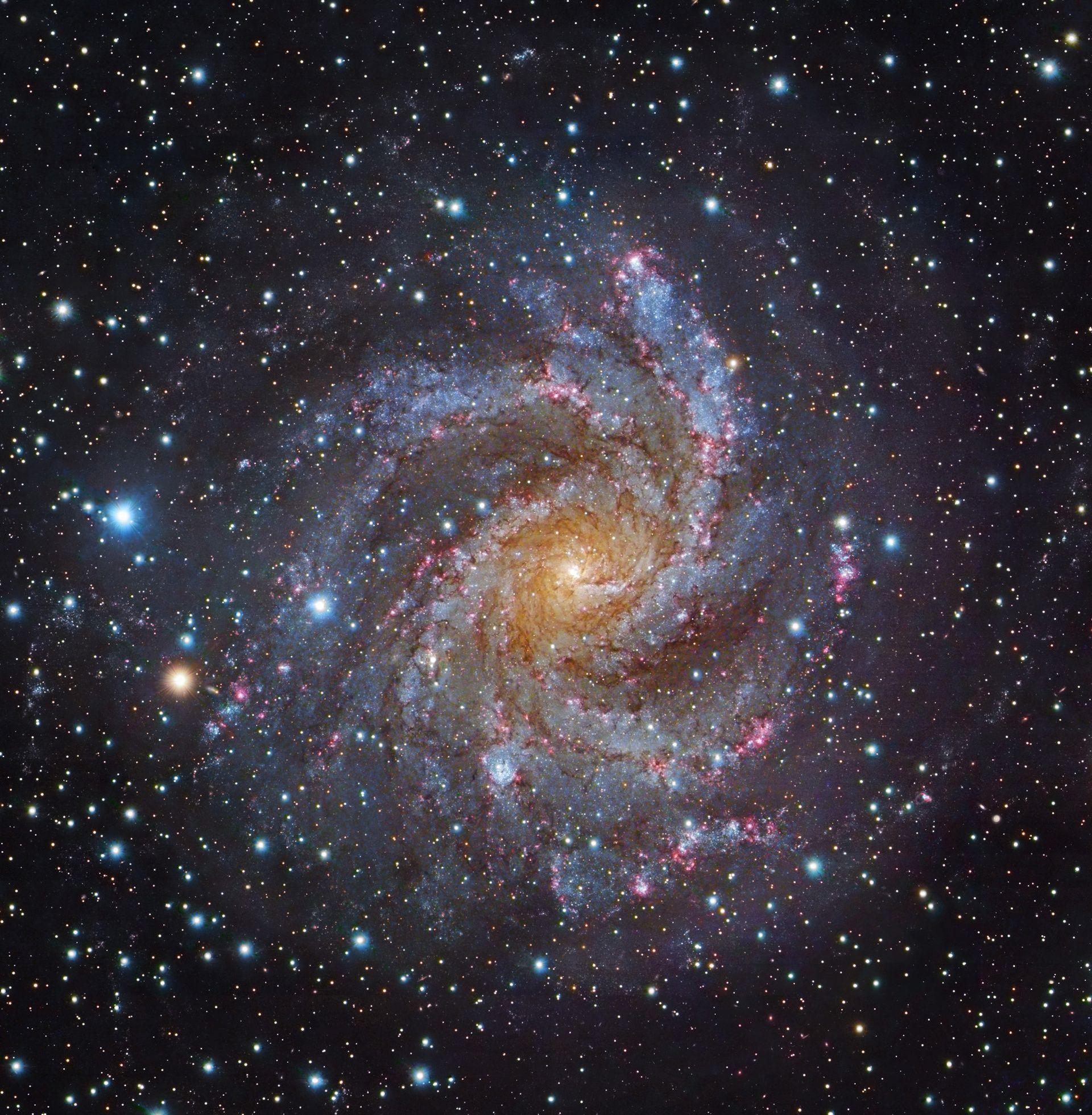 sites/37116642/fireworks galaxy NGC 6946.jpg